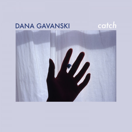 dana_catch_front